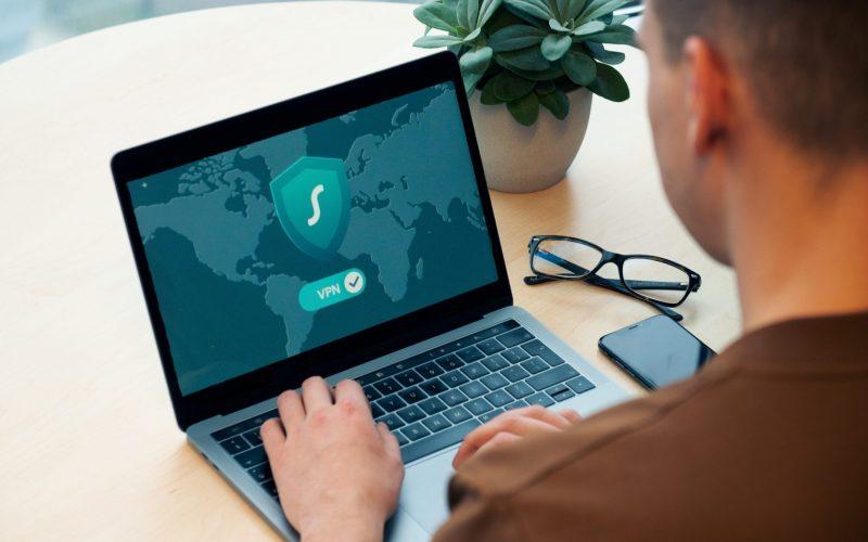 Télétravailler en toute (cyber)sécurité : faites le test !